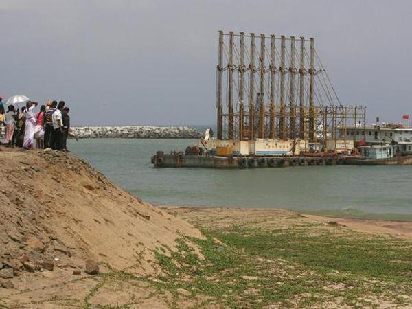 Lanka_port7