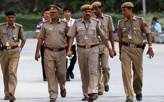 indian-police-647_040616040114.jpg